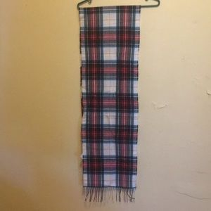 Green, red and white scarf